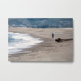 Thinking with the sound of the sea Metal Print