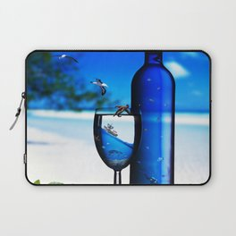 sea ​​drinks Laptop Sleeve