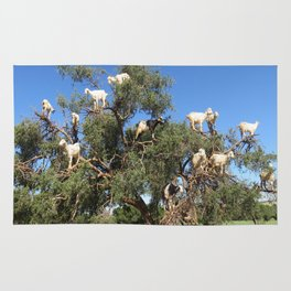 Goats in a tree Rug