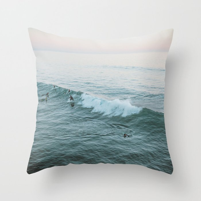 lets surf v Throw Pillow