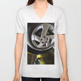 Renault Duster Dynamique 4x4 Wheel Unisex V-Neck