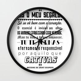 Essencial Invisível aos Olhos Wall Clock