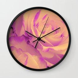 Romantic roses 5 Wall Clock