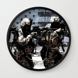 3 Soldiers & US Flag Wall Clock