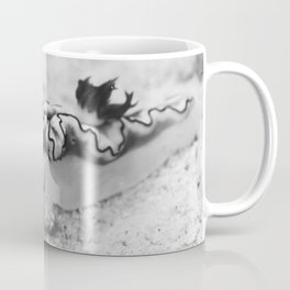 Dragon nudi on the go Coffee Mug