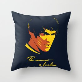 The Moment in Freedom - BruceLee quote Throw Pillow
