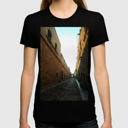 narrow and long street T-shirt