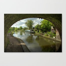 Barge thro the bridge Canvas Print