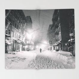 Alone in a Blizzard - New York City Throw Blanket