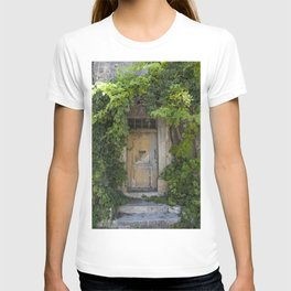 Provence Door covered with green vines T-shirt
