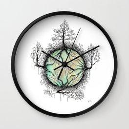 Natural detailing 14 Wall Clock