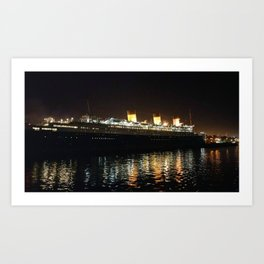 Queen Mary At Night Art Print