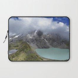 Montañas puras Laptop Sleeve
