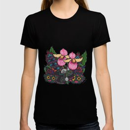 Capricious Beauty (Botanical Bliss) T-shirt