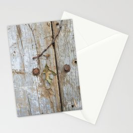 Oak Leaf on Vintage Planks with Rusty Bolts Stationery Cards