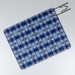 snowflake in blue 8 pattern Picnic Blanket