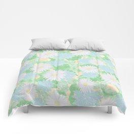 Vintage daisys Comforters