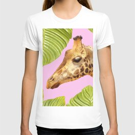 Giraffe with green leaves on a pink background T-shirt