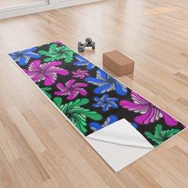PinWheels on Black Yoga Towel