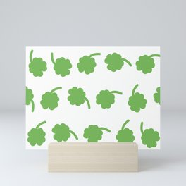 clover patter Mini Art Print