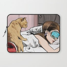 Holly Golightly the cat with no name - Audrey Hepburn in Breakfast at Tiffany's Laptop Sleeve