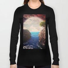 Where the moon meets the sea Long Sleeve T-shirt