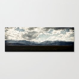 Bridgeport Valley (color) Canvas Print