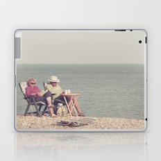 i know it's out of fashion and a trifle uncool... Laptop & iPad Skin