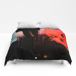 Moving Skulls Comforters