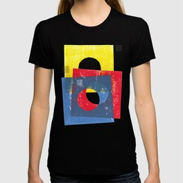 Basic in red, yellow and blue T-shirt
