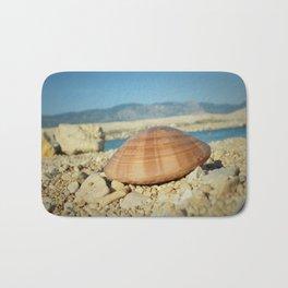 Seashell by the seashore Bath Mat