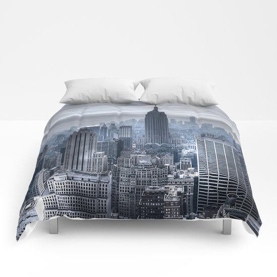 New York skyscrapers Comforters