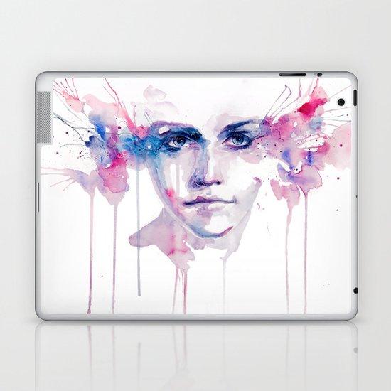 ragazza falena Laptop & iPad Skin