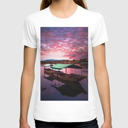 Sunset Boat Water (Color) T-shirt
