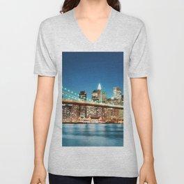 Amazing Historic Brooklyn Bridge Manhattan New York City United States Ultra HD Unisex V-Neck
