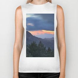 Dream sunset. At the mountains... Biker Tank