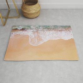 Sea and sand, crashing waves Rug
