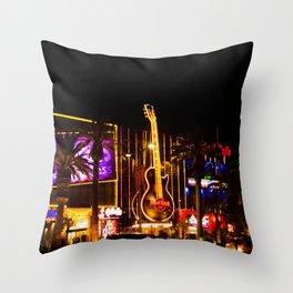 Las Vegas by night i Throw Pillow