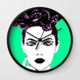 La femme Medusa green Wall Clock