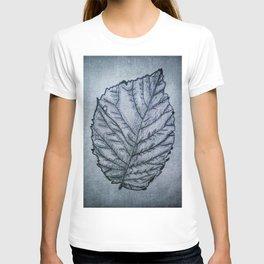 b&w leaf T-shirt