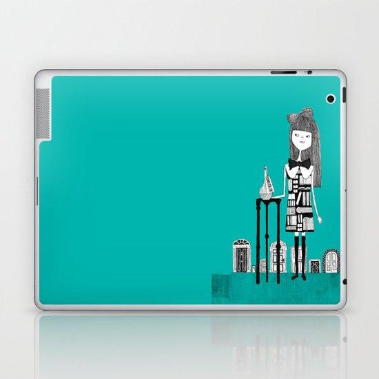 DRINK ME Laptop & iPad Skin
