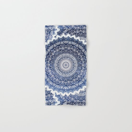 COLD WINTER MANDALA Hand & Bath Towel