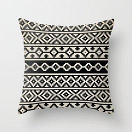 Deco Pampa Throw Pillow