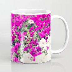 Rows of tiny flowers Mug