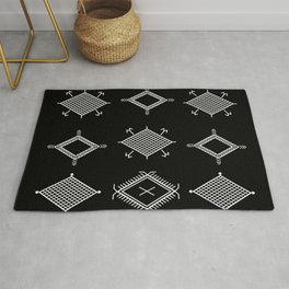 UrbanNesian Black and White Malu Rug