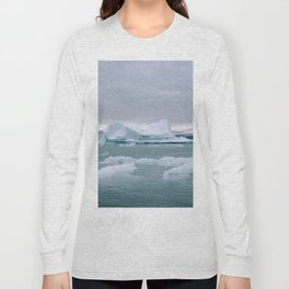 ICELAND WITH ICEBERGS IS INCREDIBLE ICY Long Sleeve T-shirt