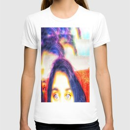 Purple hair and eyes T-shirt