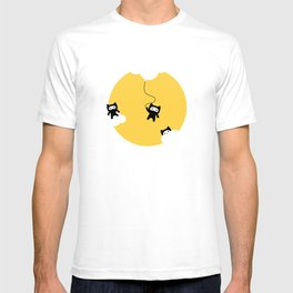 Ninja cats in the sky T-shirt