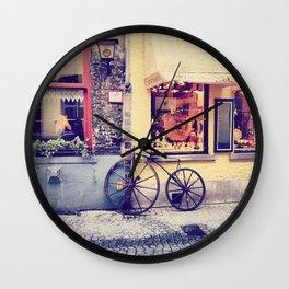 Por las calles de Brujas.. Wall Clock