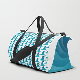 060 - Looking for the perfect wave pattern Duffle Bag